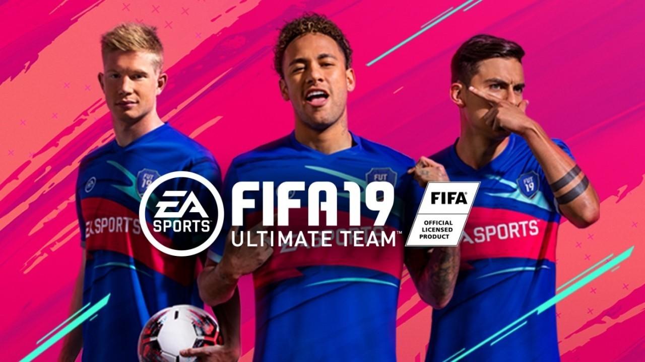 Hoe werkt FIFA Ultimate team?